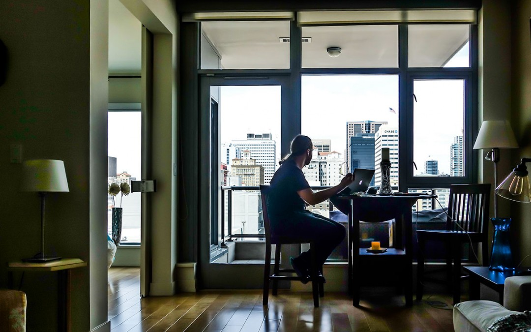 Challenging the Eight-Hour Workday in Freelancing
